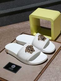 Neue pantoffel design männer online-2019 sommer neue mode männer sandalen marke qualität hausschuhe exquisite und komfortable original design
