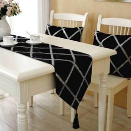 Arte de veludo preto on-line-Mesa de veludo moda europeu bandeira Brilhando Treliça de diamante decoração corredor da tabela preto com brilhante pano de arte treliça
