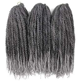 2019 cabelos grisalhos encaracolados 3Packs Afro Kinky Torção Tranças de Cabelo Crochet Marley Trança de Cabelo 18 polegadas Senegalês Curly Crochet Cabelo Trança Sintética (Ombre Cinza) cabelos grisalhos encaracolados barato