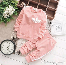 long neck pieces t shirt Coupons - Boys girls clover leaf letters 100% cotton Sports suits NEW children 5 Color Long sleeve T-shirt+trousers 2pcs set suit baby clothes