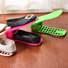 2019 support de stockage en métal Range-chaussures Usage double porte-chaussures réglable intégré Range-chaussures en plastique simple Chaussures de rangement en couleur pure