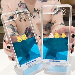capas de telefone de pato Desconto Luxo Dos Desenhos Animados 3D Natação Pato Animal Dynamic Quick Quicksand Caso Capa Para apple iphone 5 5s 5 se 6 6 s 7 8 plus x casos de telefone