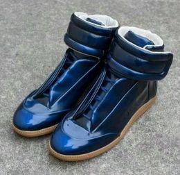 margiela tênis Desconto Maison Martin Margiela Sapatilha de cano alto dos homens de alta qualidade Sapatos masculinos Flats para caminhada Sapatos vermelhos MM Formadores Kanye West Sapatos casuais nn14X55