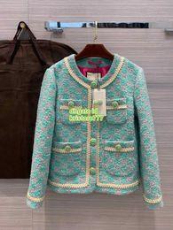 chaqueta de lentejuelas con capucha Rebajas 2020 Milán alto extremo mujeres niñas lujo y diseño allover de la chaqueta de tweed carta con botones de cristal pista femenina de la cinta de Marfil capa de la chaqueta del ajuste