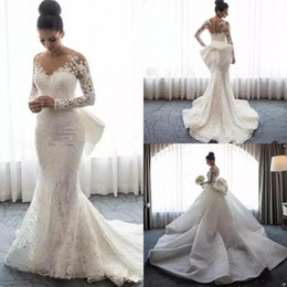 Abito da sposa in pizzo grande arco indietro online-2019 New Sheer Jewel Neck Mermaid Abiti da sposa a maniche lunghe con scollo staccabile Big Bow Puffy Back Abito da sposa Medio Oriente in pizzo pieno