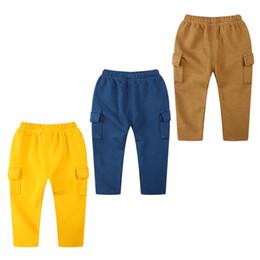 Calça de lápis de veludo on-line-2017 roupas infantis outono e inverno novas calças para crianças versão coreana do menino das crianças pequenas além de calças grossas de veludo