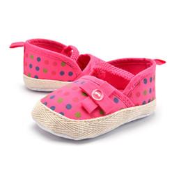 2019 chaussures pointillées par les enfants Bébé Fille Chaussures Nouveau-né Bébé Enfants Filles Bowknot Polka Dots Chaussures De Crèche Infant Anti-Slip promotion chaussures pointillées par les enfants