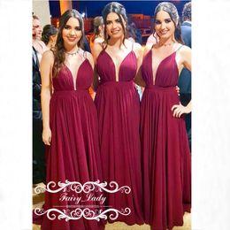 a1181ec9654e vestiti da damigella d onore lunghi rossi della cinghia Sconti Chiffon  rosso scuro lungo abiti