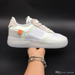 Sapatas running do fantasma on-line-Shoe 2019 Natal Ins Hot Branco 1 Low MCA MOMA CON COMPLEX fantasmas VOLT Running Shoes Skate Sapatilhas Homens Mulheres Designer Sports