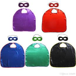 Cubiertas de televisión online-5 colores baratos superhéroes de capa lisa + máscara para niños disfraces de superhéroes de una capa con borde cubierto Disfraces de Navidad de Halloween