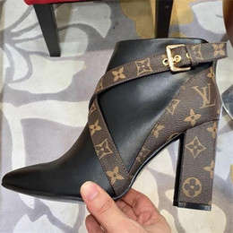 Blocos de sapato on-line-Matchmake bota baixa em sapatas de lona das mulheres do monograma da lona em couro preto senhoras Graphic Booties Heel Block com Side Zip Tamanho 35-40