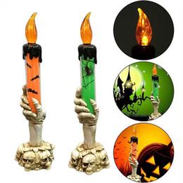 Batería esqueleto online-BRELONG Halloween Luz LED Calavera Candelabro Esqueleto Fantasma Mano Vela sin llama Luz LED Lámpara de decoración de barra de fiesta con pilas