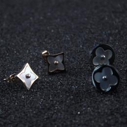 2019 orecchini di marca migliori Orecchini in madreperla naturale Gioielli da donna con borchie piccole gioielli di lusso