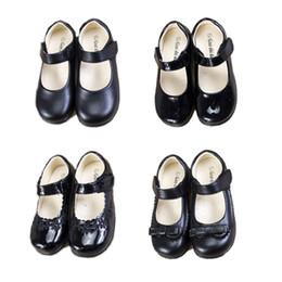 Повседневная обувь для танцев онлайн-Дети девушки свадебные кожаные туфли 5 + матовый круглый носок бабочка лук девушки резиновые туфли танец Peform твердые обувь партии Повседневная обувь 5-14T