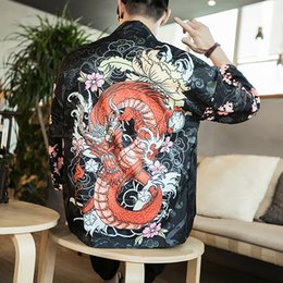 d5144534fb408 Dragon imprimé floral chemise chinoise Crane Top Vêtements chinois  traditionnels pour hommes asiatique Cardigan Retro Party Costume Plus  Tangsuit dragon ...