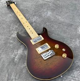 2019 véritable électrique En stock Humain brun foncé Burst Tremolo Guitare électrique Dessus en érable piqué, Touche Maple Guitarra, Affichage photo réel, Livraison gratuite véritable électrique pas cher