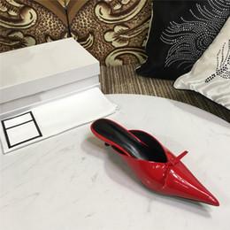 I colori dei pattini del vestito dal tallone basso online-scarpe da sposa per donna scarpe basse tacco basso Punta a punta più colori con tacco basso scarpe da festa taglia 35-43