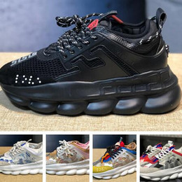 Знаменитые брендовые бренды обуви онлайн-Реальные картинки! Ver Top Quality Известный Бренд Мужской Повседневная Обувь Черный Красный Белый Высокого Верха Натуральная Кожа мужские Квартиры Medusa Роскошные Кроссовки
