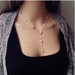 2019 weiße perlenhalskette entwirft gold Mode Persönlichkeit Multi-Art-Perlen Designer-Halskette einfache elegante Charme-Luxus-Kette Sexy einzigartige wulstige Frauen Halsketten-Anhänger