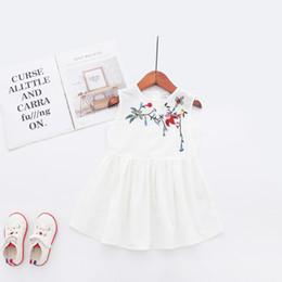 vestido bordado simples Desconto Crianças de verão branco puro simples e lindo vestidos bordados crianças saias princesa saias de fornecedores chineses