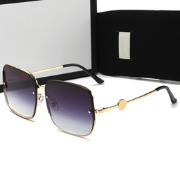 Nuovi modelli loghi online-new luxury logo sunglass attitude sunglass gold frame square metal frame vintage style outdoor design classical model 0315