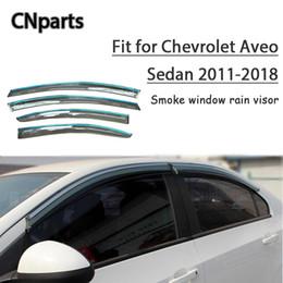 2019 acessórios do carro aveo CNPARTS 4pcs ABS Para Chevrolet Aveo Sedan 2011-2018 Car Smoke Janela Visor defletor Guarda Acessórios desconto acessórios do carro aveo