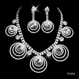 Reine strass-abendkleid online-Braut Halskette Elegant Versilbert Strass Ohrringe Schmuck-Set Günstige Accessoires für Abschlussballkleider Abendkleid