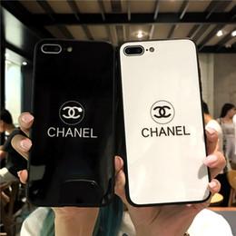 Housses pour iphone blanc en Ligne-Luxe Femmes Designer Téléphone Cas De Mode Couverture pour IPhone X 7 Plus 8 P 7 8 6 P 6SP 6 6 S Lettre Marque Vente Chaude Blanc Noir