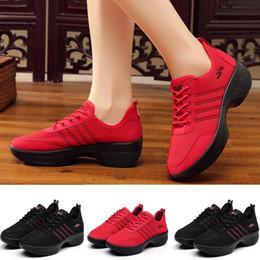 chaussures de danse jazz Promotion ONTO-MATO Marque Modern Jazz Dance Sneakers Femmes Respirant Mesh Chaussures de Danse Casual Chaussure De Course Dropshipping sportschoenen