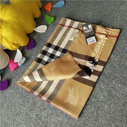 Multi-cores opcionais Marca lenço de Algodão para As Mulheres 2018 Primavera Designer de Xadrez Longo Lenços Envoltório Com Tag 180x70 cm Xales Scafs de Fornecedores de tecido de blusa de seda