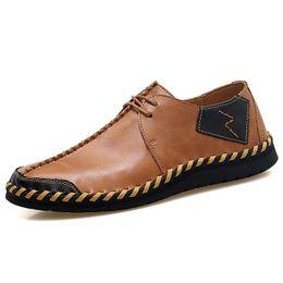 zapatos formales para hombre para boda Rebajas Zapatos de vestir de punta estrecha de hombre clásico de marca Zapatos de boda negros de charol para hombre Oxford Formal Tamaño grande 38-47 * 12139