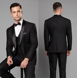 drei knopf-tuxedos-tailcoat Rabatt Maßgeschneiderte Mens Hochzeit Smoking Schwarz Blazer Anzüge One Button Schal Revers Drei Stücke Bräutigam Mens Suit (Jacke + Pants + Weste)