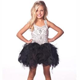 Маленькое черное платье для девочек-малышей онлайн-Шикарные платья для белых и черных девочек с перьями из бисера со стразами Спагетти Ремни для малышей Цветочные платья для девочек