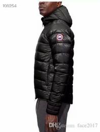 2019 mejor invierno abajo chaqueta hombres 2019 a prueba de viento impermeable chaqueta de red completa calidad mejor entrega de los nuevos hombres de la chaqueta de invierno canadiense sin abrir mejor invierno abajo chaqueta hombres baratos