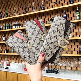 Multi tarjeta de billetera mujeres online-Fábrica al por mayor marca mujeres bolsa personalidad metal lock mujeres billetera multi-tarjeta impresa de cuero larga cartera moda contraste de cuero embrague