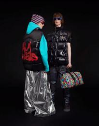 cole homens modelos Desconto Luxo top quality modelos casal pato para baixo do colete mulheres homens moda outwear casacos com capuz para baixo jaqueta de roupas femininas