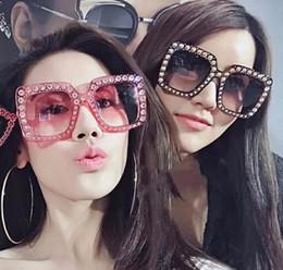 Occhiali da sole designer carino online-2018 New Fashion Girl and Ladies Luxury occhiali da sole firmati non strass Jelly Color Cute Trend Occhiali da sole