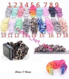 Muñequeras de tela online-18 colores Scrunchie correa de reloj leopardo / color sólido / raya apple scrunchie correa de reloj banda de muñeca de moda Nueva llegada