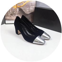 Классические женские туфли с острым носом из натуральной кожи. Женские сандалии из твида. Бежевые жемчужные туфли на каблуках. 8 цветов. Платье на высоком каблуке. от
