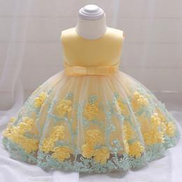 Canada bébé filles baptême robe de princesse d'été sans manches fleur robe de mariée Toddler Kids Party robes Tutu enfants costumes de dentelle kid vêtements Offre