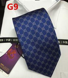 Cravatte di seta di lusso online-Alta qualità di alta qualità mens cravatta alta qualità seta collo cravatte moda cravatta per uomo formale affari della festa nuziale di marca cravatta con scatola er09b