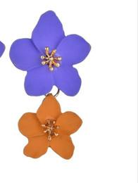 Deutschland Neue Ankunfts-Art und Weise und Eurpean Südkorea-süße bunte Blumen-Ohrringe-einfache Farben-mehrfarbige Blumen-Ohrringe Versorgung