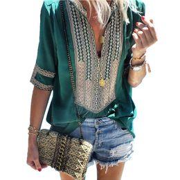 2019 пуховые рубашки Pus Size Tops Summer Patchwork Women Blouse Lace Shirt Tunic Female Cotton Loose Thin Blouses Boho Printed Half Sleeve Blusas скидка пуховые рубашки