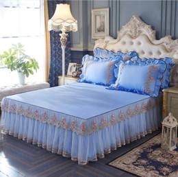 2019 матрац из хлопчатобумажной ткани Princess Lace Bedding Bed Sheet Pillowcase 100% Cotton Girls Bed Skirt Twin Queen King size 1/3pcs Bedspreads Mattress Cover дешево матрац из хлопчатобумажной ткани