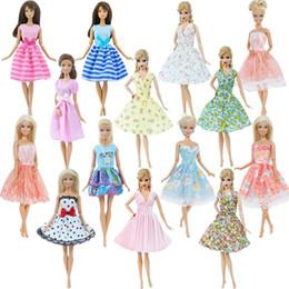 1x Encantador De La Manera Vestido Mini Vestido Estampado De Flores De La Boda Ropa Partido De La Falda Diarias Para Barbie La Muñeca De La Muchacha
