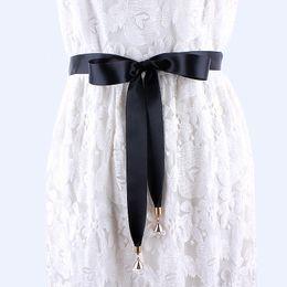 Cinture nere di tessuto online-moda cintura lunga in tessuto nero per donna abiti donna sciarpa in seta solida camicia nastro nodo cintura in vita femmina