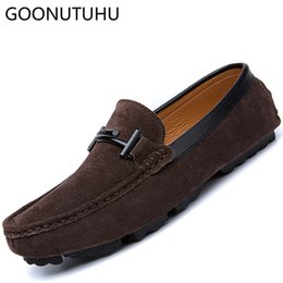 2019 buenos zapatos nuevos 2019 nuevos hombres de la moda zapatos casuales de cuero mocasines de gamuza agradable agradable resbalón en el zapato hombre tamaño grande zapatos de conducción para hombres rebajas buenos zapatos nuevos