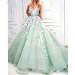 Elegante verde hortelã vestido de noite on-line-Charme Verde Menta Longo Prom Vestidos Fora Do Ombro Contas Lace Appliqued Elegante Vestido de Noite Vestido De Noivado Da Noiva