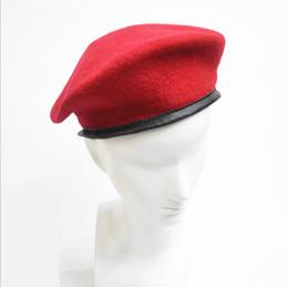 uniformes del ejército Rebajas 2017 Fasion Army Soldier Hat Hombres Mujeres Lana Boina Casquillo uniforme Clásico Artista Boinas Cap Hat