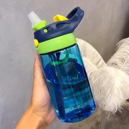 garrafas de água para crianças Desconto 500ML 4 cores Água Mamadeiras infantil recém-nascido Cup crianças aprendem alimentação Straw Bottle suco de beber BPA gratuito para crianças